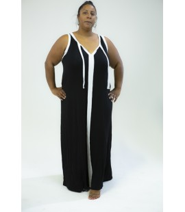 LANE BRYANT BLACK MAXI WITH WHITE TRIM SIZE 26/28