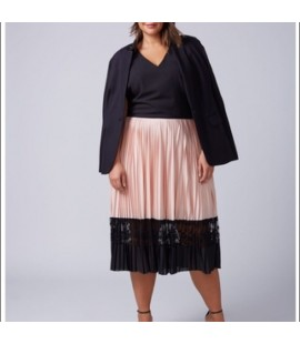 LANE BRYANT PEACH PLEATED SKIRT WITH LACE DETAIL SIZE 14/16 NEW
